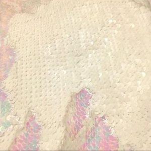 CYNTHIA ROWLEY SEQUIN MERMAID TAIL BLANKET SLEEPING BAG SNUGGLE TAIL PINK MULTI